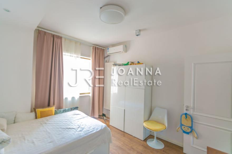 Jiashan Apartment