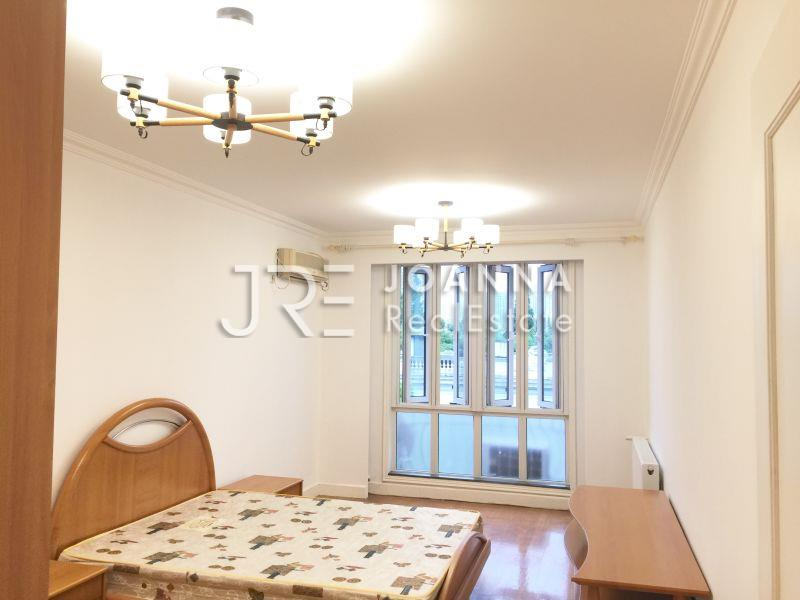 Fenyang Road Apartment