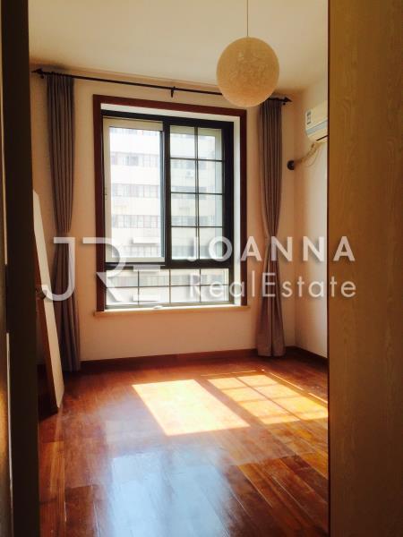 Yueyang Apartment