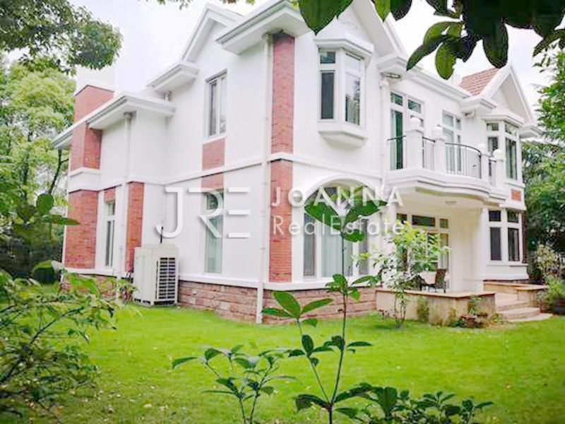 Violet Country Villa